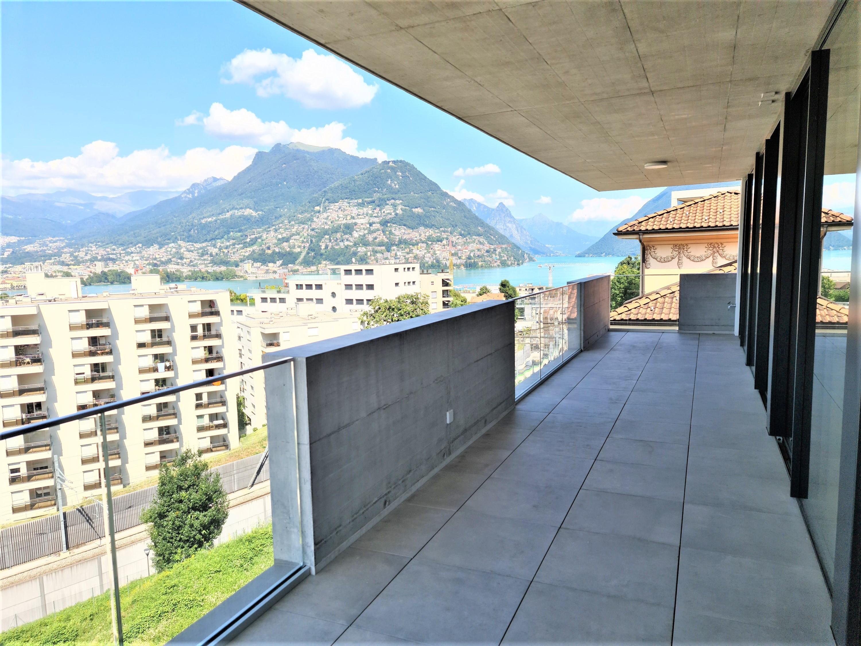Favoloso appartamento con terrazza e vista lago in nuova residenza di design in vendita a Paradiso
